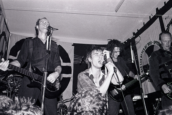 Andy Phillips「Crass At St Phillips Community Centre In Swansea」:写真・画像(18)[壁紙.com]