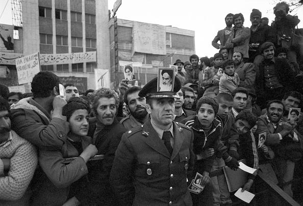 1979「Khomeini Supporter」:写真・画像(3)[壁紙.com]