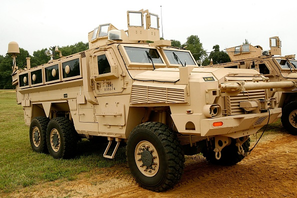 Transportation「Military Falls Behind In MRAP Deliveries To Iraq」:写真・画像(19)[壁紙.com]