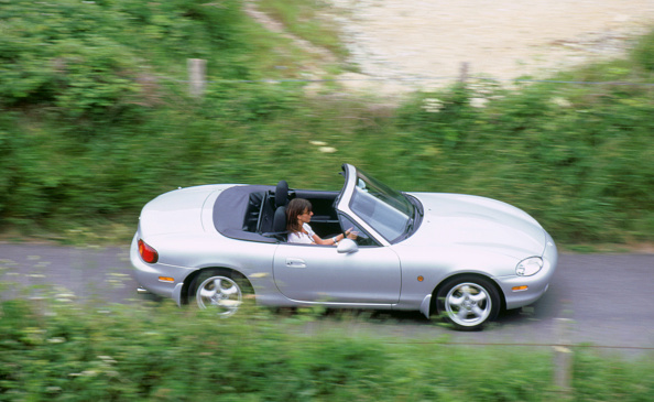 Focus - Concept「1999 Mazda MX5」:写真・画像(18)[壁紙.com]