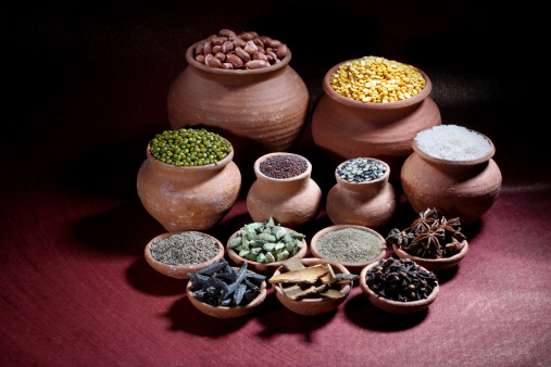 Star Anise「Rice, nuts, spices and pulses in earthen pots」:スマホ壁紙(3)