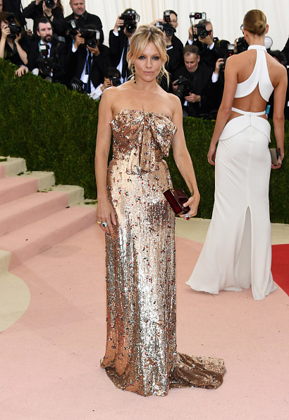 "Sienna Miller「""Manus x Machina: Fashion In An Age Of Technology"" Costume Institute Gala - Arrivals」:写真・画像(11)[壁紙.com]"