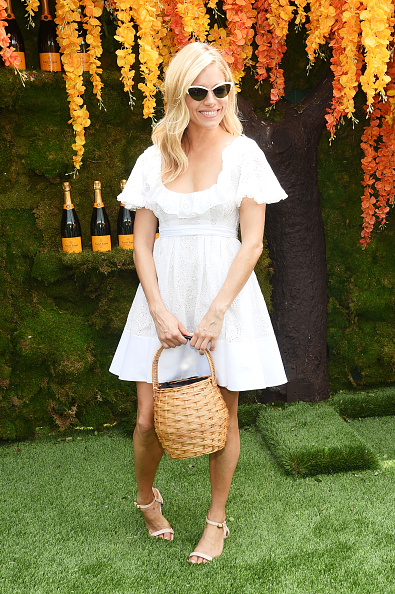 Sienna Miller「11th Annual Veuve Clicquot Polo Classic - Arrivals」:写真・画像(17)[壁紙.com]