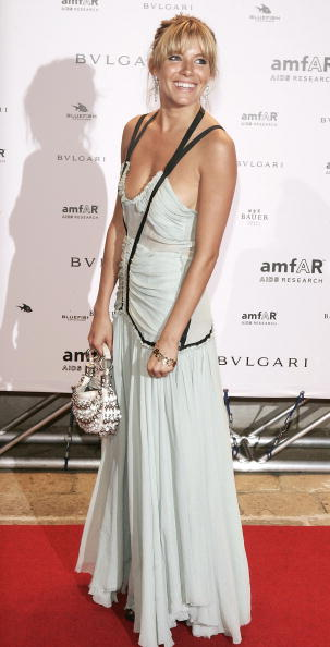 Sienna Miller「61st Venice Film Festival: amFAR Venice Benefit Evening」:写真・画像(17)[壁紙.com]