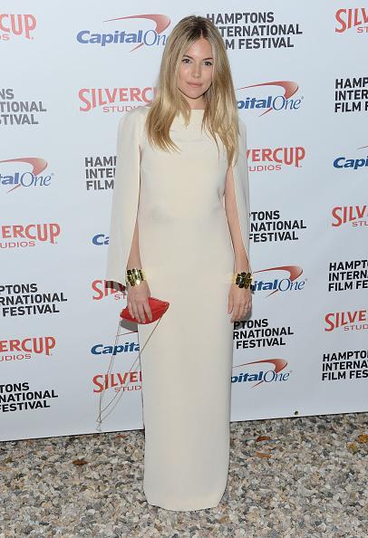 Sienna Miller「20th Hamptons International Film Festival - Chairman's Reception Honoring Richard Gere, Ann Roth & James Schamus」:写真・画像(6)[壁紙.com]