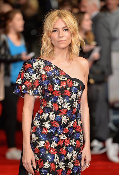 Sienna Miller「Burnt - European Film Premiere」:写真・画像(5)[壁紙.com]
