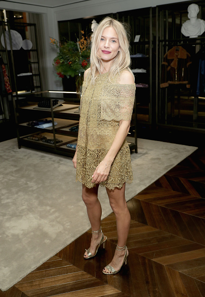 Sienna Miller「Sienna Miller And Dominic West Celebrate 'The Tale Of Thomas Burberry' In New York」:写真・画像(13)[壁紙.com]
