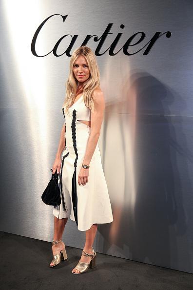 Sienna Miller「Cartier Celebrates The Launch Of Santos de Cartier Watch - Arrivals」:写真・画像(11)[壁紙.com]