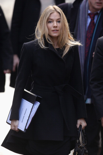 Sienna Miller「The Leveson Inquiry Continues Into Culture, Practices And Ethics Of The Press」:写真・画像(16)[壁紙.com]