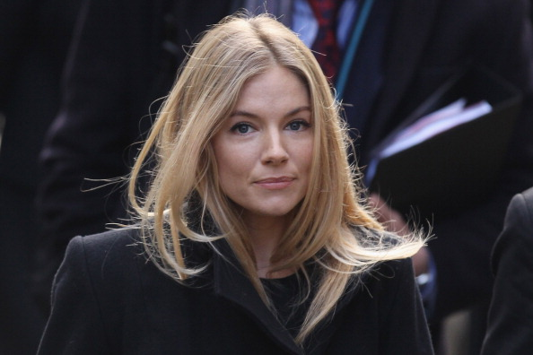 Sienna Miller「The Leveson Inquiry Continues Into Culture, Practices And Ethics Of The Press」:写真・画像(18)[壁紙.com]