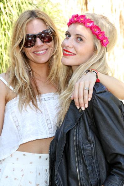Sienna Miller「Poppy Delevingne Hosts The Superdry Coachella Brunch」:写真・画像(19)[壁紙.com]