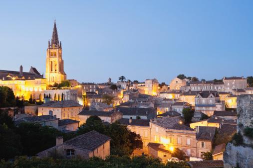Nouvelle-Aquitaine「France, View of Saint Emilion」:スマホ壁紙(6)