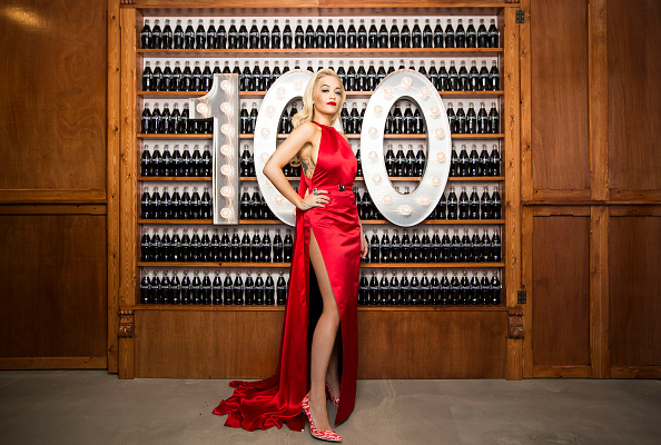 Bottle「Rita Ora Kicks Off Celebrations For 100th Anniversary Of The Iconic Coca-Cola Bottle At The Opening Of The Contour Centenary Bar」:写真・画像(16)[壁紙.com]