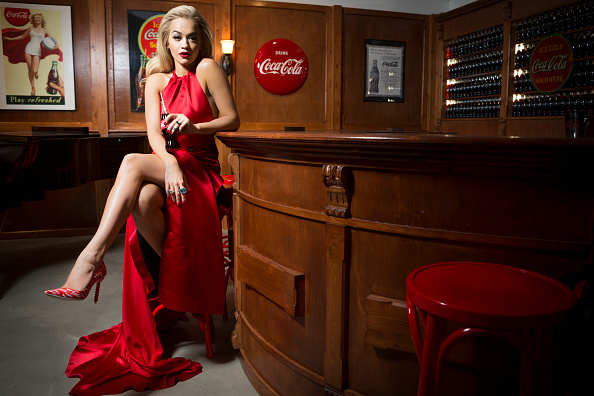 Bottle「Rita Ora Kicks Off Celebrations For 100th Anniversary Of The Iconic Coca-Cola Bottle At The Opening Of The Contour Centenary Bar」:写真・画像(5)[壁紙.com]