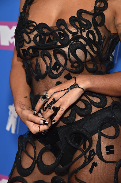 Hand Harness「2018 MTV Video Music Awards - Red Carpet」:写真・画像(12)[壁紙.com]