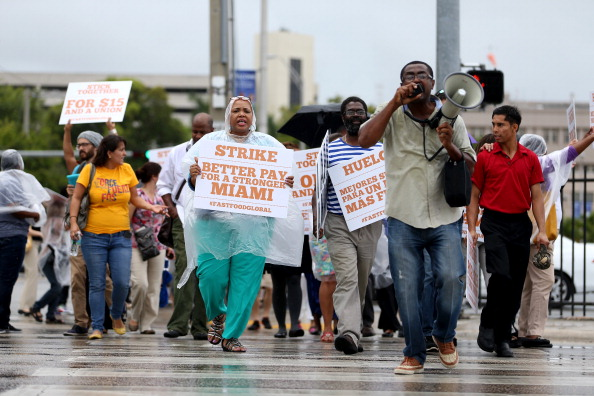 Fast Food「Fast Food Workers Across U.S. Rally For Increased Wages, Unionization」:写真・画像(6)[壁紙.com]