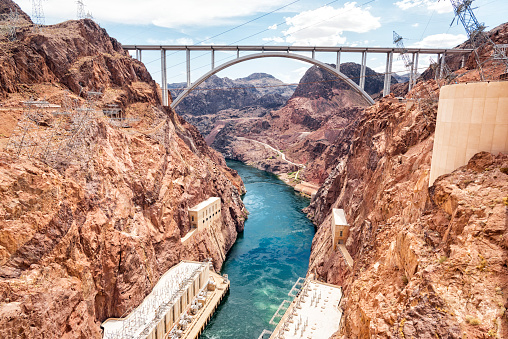 Colorado River「Mike O'Callaghan–Pat Tillman Memorial Bridge」:スマホ壁紙(13)