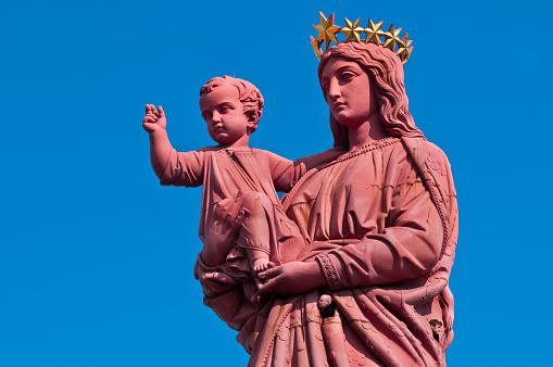 Camino De Santiago「Notre-Dame de France statue in France」:スマホ壁紙(2)