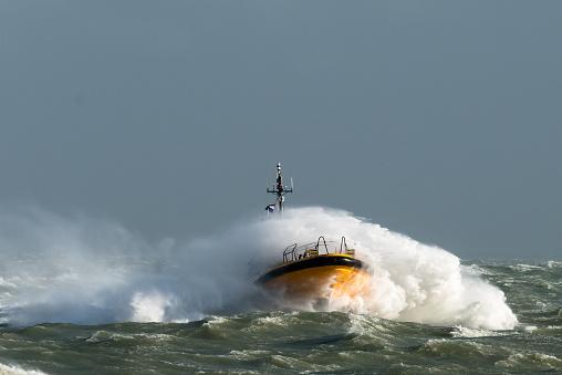 Ship「Pilotboat」:スマホ壁紙(7)