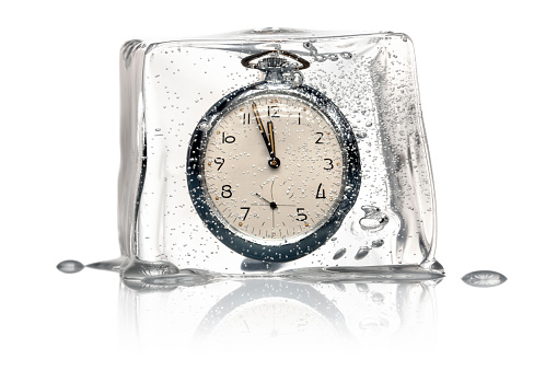 Clock Hand「Frozen Time Concept - Clock Ice Cube retro」:スマホ壁紙(13)