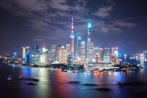 4k「近代的な街並みと上海の街並みの眺め」:スマホ壁紙(1)