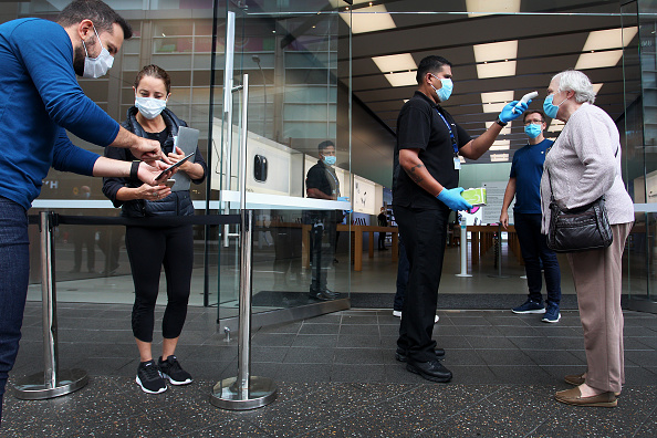 Apple Store「Apple Stores Reopen With Caution In Australia As Coronavirus Lockdown Restrictions Ease」:写真・画像(11)[壁紙.com]