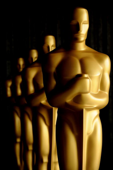 Preparation「Academy Of Motion Picture Arts And Sciences' Oscar Statue Painting」:写真・画像(9)[壁紙.com]