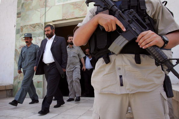 Workshop「Dyncorp Police Trainers Prepare To Set Up Academy In Helmand In Southern Afghanistan」:写真・画像(15)[壁紙.com]