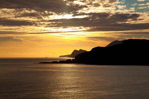 アキル島「Golden sunset over Achill Island」:スマホ壁紙(5)