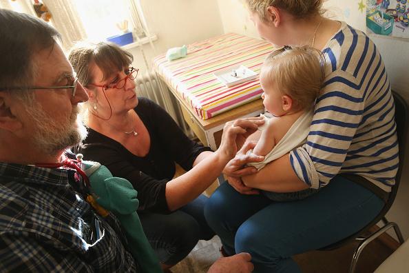 Toddler「Berlin Hit By Measles Outbreak」:写真・画像(11)[壁紙.com]