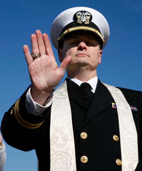 Joshua Roberts「Navy Chaplain Protests Military Prayer Rights」:写真・画像(9)[壁紙.com]