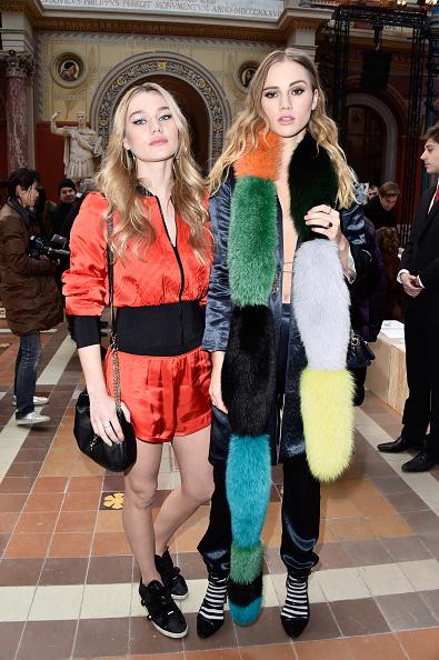 Red Shorts「Sonia Rykiel : Front Row  - Paris Fashion Week Womenswear Fall/Winter 2016/2017」:写真・画像(9)[壁紙.com]