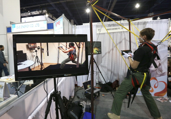 Gamepad「2013 Consumer Electronics Show Highlights Newest Technology」:写真・画像(3)[壁紙.com]
