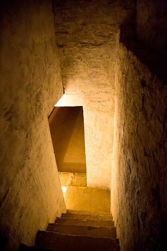 Basement「India, Rajasthan, Alwar, Heritage Hotel Ram Bihari Palace, cellar」:スマホ壁紙(5)