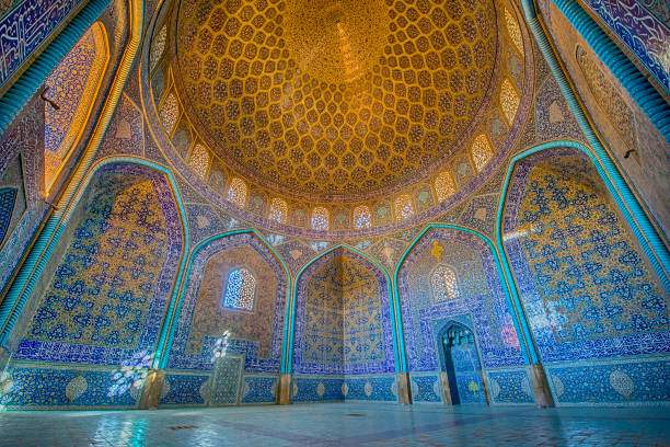 Mosaic decoration inside of Sheikh Lotfollah Mosque, Isfahan:スマホ壁紙(壁紙.com)