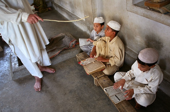 Pakistan「Students Immerse Themselves In Islamic Studies In Madrassas」:写真・画像(18)[壁紙.com]