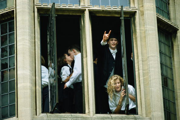 Tom Stoddart Archive「Oxford Students」:写真・画像(17)[壁紙.com]