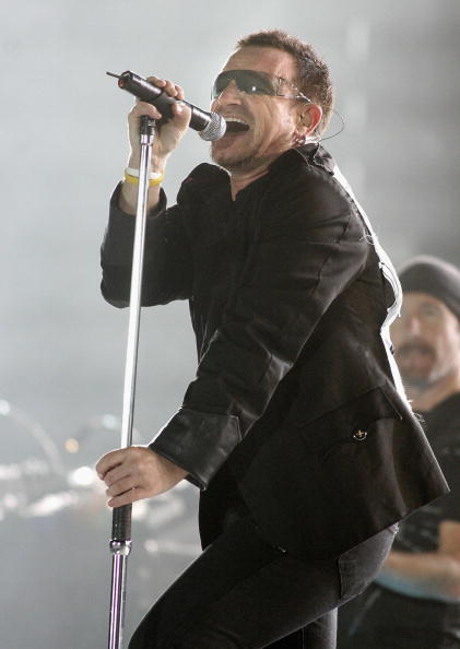 Jeff Brass「U2 Play Auckland Stop Of Their Vertigo Tour」:写真・画像(6)[壁紙.com]