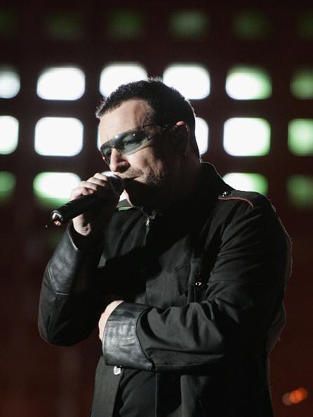 Jeff Brass「U2 Play Auckland Stop Of Their Vertigo Tour」:写真・画像(8)[壁紙.com]