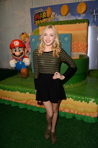 Awe「Super Mario 3D World Happy Holi-Games Spectacular」:写真・画像(1)[壁紙.com]