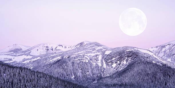Moonrise:スマホ壁紙(壁紙.com)