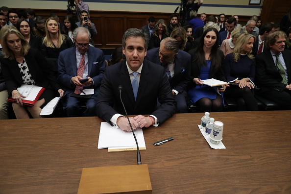 Lawyer「Former Trump Lawyer Michael Cohen Testifies Before House Oversight Committee」:写真・画像(16)[壁紙.com]