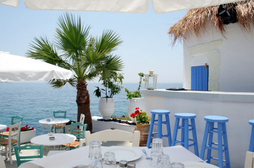 Greek Culture「Open air restaurant by the sea in Athens, Greece」:スマホ壁紙(9)