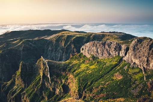 Pico Do Arieiro「View From Pico De Arieiro At Sunrise」:スマホ壁紙(7)