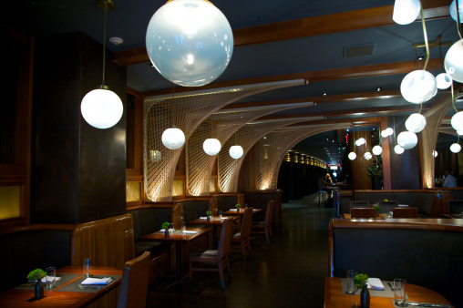 Luxury Hotel「Globular fixtures in hotel restaurant」:スマホ壁紙(12)