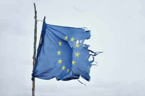 Deterioration「European Union flag flutters in strong winds」:スマホ壁紙(8)