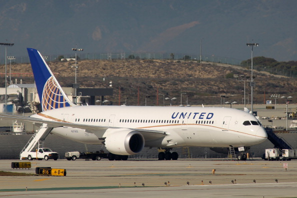 LAX Airport「FAA Grounds U.S. Boeing 787's After String Of Malfunctions」:写真・画像(9)[壁紙.com]