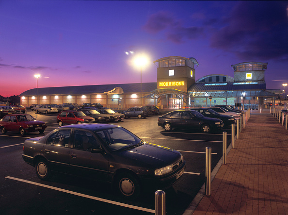 Parking「Car park outside Morrisons store, Middlesbrough, United Kingdom.」:写真・画像(14)[壁紙.com]