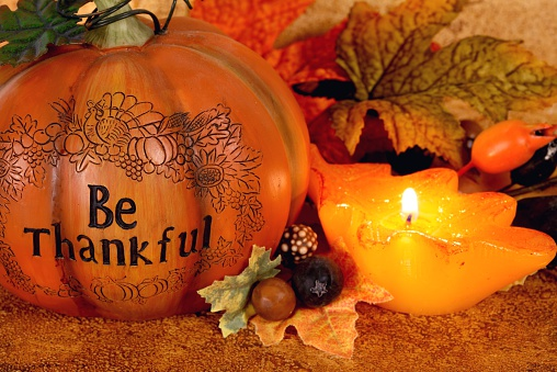 Praying「Holiday: Thanksgiving Be Thankful Still Life with pumpkin and candle」:スマホ壁紙(9)
