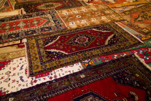 Souvenir「Turkish Carpet for sale」:スマホ壁紙(11)